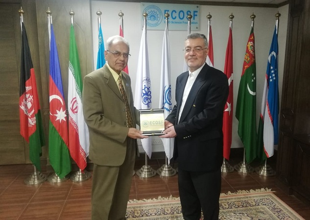 The Insignia of ECOSF is presented to the Secretary General of ECO (R) by the President ECOSF (L) during his maiden visit to ECOSF Secretariat (Mar 15, 2019)