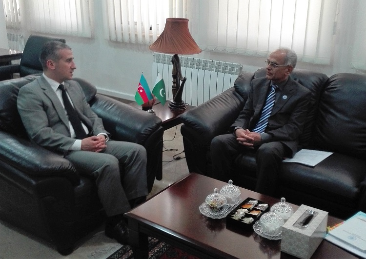 President ECOSF Prof. Manzoor Soomro calling upon the Ambassador of Azerbaijan to Pakistan H.E. Mr. Ali Alizada (left) at the Embassy of Azerbaijan in Islamabad on 19 April 2017